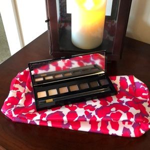 Estee Lauder eyeshadow and make up bag